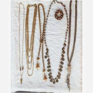 Vintage long-wear necklace lot